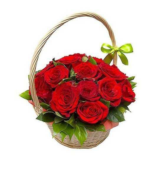 11 роз в корзинке